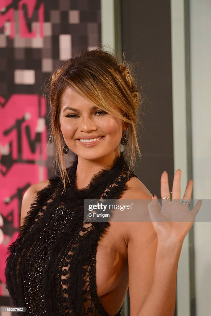 Chrissy Teigen arrives to the 2015 MTV Video Music Awards at Microsoft Theater on August 30, 2015 in Los Angeles, California.