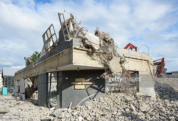 Christchurch, Demolition, Rebuilding