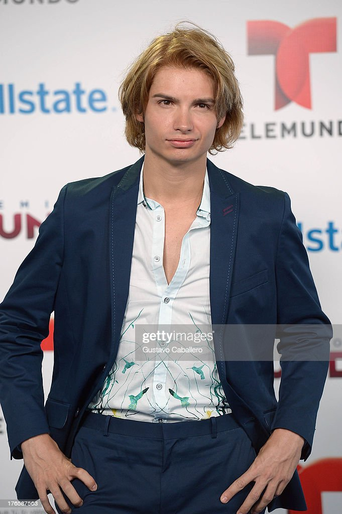 Christian Acosta arrives for Telemundo's Premios Tu Mundo Awards at American Airlines Arena on August 15, 2013 in Miami, Florida.