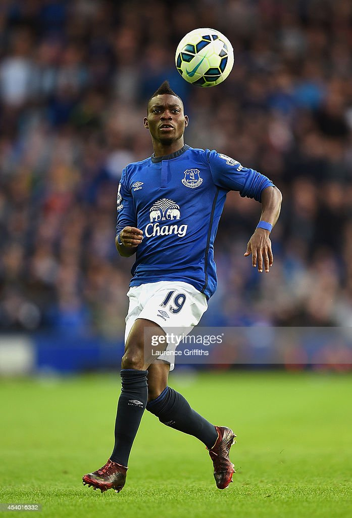 <a gi-track='captionPersonalityLinkClicked' href=/galleries/search?phrase=Christian+Atsu&family=editorial&specificpeople=8284773 ng-click='$event.stopPropagation()'>Christian Atsu</a> of Everton in action during the Barclays Premier League match between Everton and Arsenal at Goodison Park on August 23, 2014 in Liverpool, England.