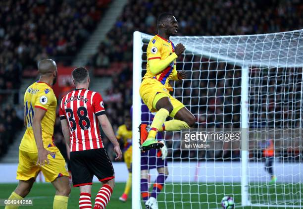 Christian Benteke of Crystal Palace celebrates scoring his sides first goal during the Premier League match between Southampton and Crystal Palace at...
