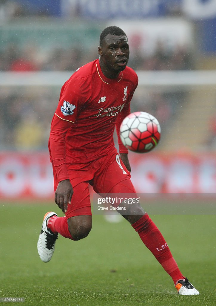 <a gi-track='captionPersonalityLinkClicked' href=/galleries/search?phrase=Christian+Benteke&family=editorial&specificpeople=4282509 ng-click='$event.stopPropagation()'>Christian Benteke</a> of Liverpool in action during the Barclays Premier League match between Swansea City and Liverpool at The Liberty Stadium on May 1, 2016 in Swansea, Wales.