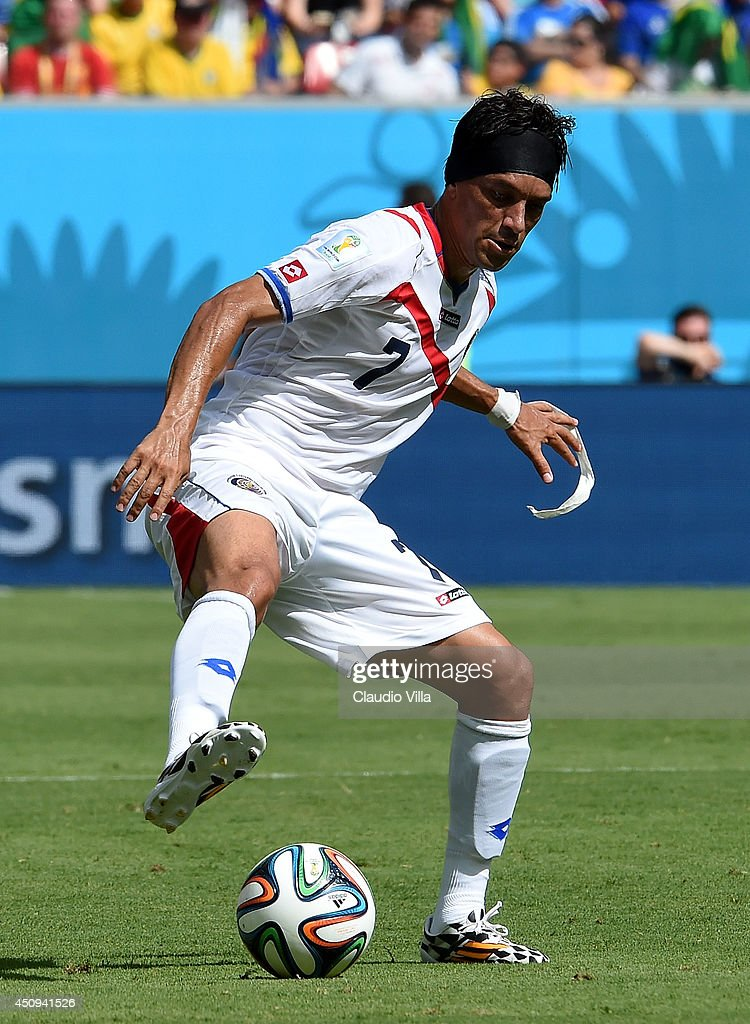 <a gi-track='captionPersonalityLinkClicked' href=/galleries/search?phrase=Christian+Bolanos&family=editorial&specificpeople=554945 ng-click='$event.stopPropagation()'>Christian Bolanos</a> of Costa Rica controls the ball during the 2014 FIFA World Cup Brazil Group D match between Italy and Costa Rica at Arena Pernambuco on June 20, 2014 in Recife, Brazil.