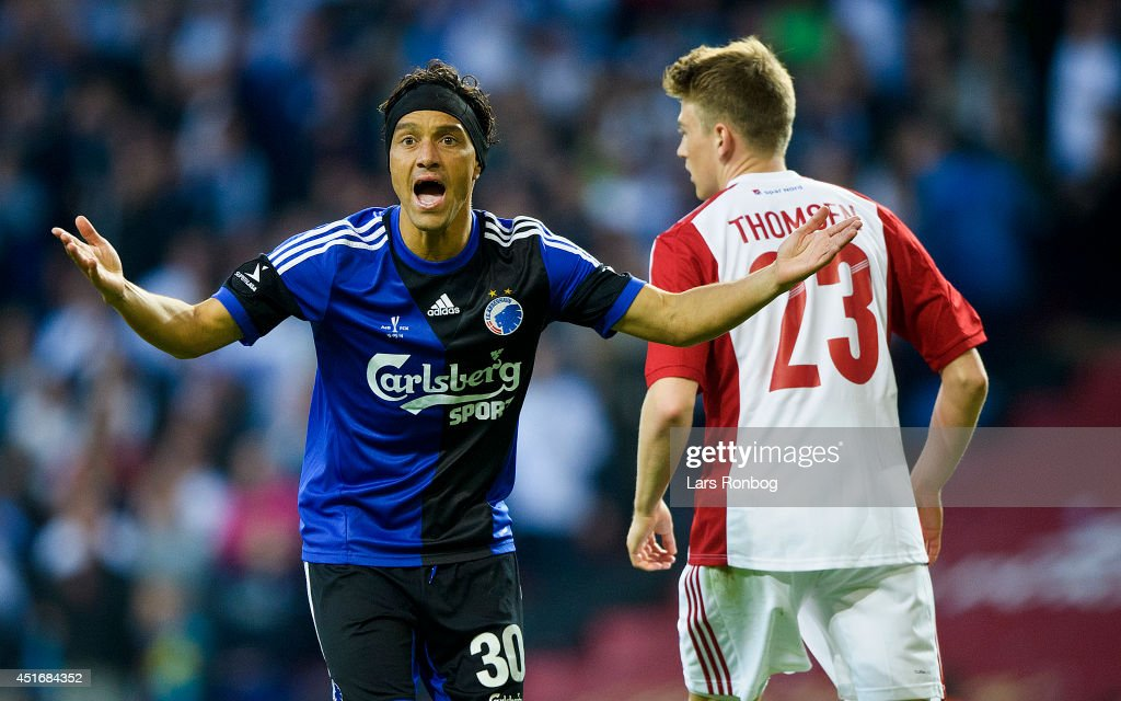 <a gi-track='captionPersonalityLinkClicked' href=/galleries/search?phrase=Christian+Bolanos&family=editorial&specificpeople=554945 ng-click='$event.stopPropagation()'>Christian Bolanos</a> of FC Copenhagen shows frustration during the DBU Pokalen Cup Final match between AaB Aalborg and FC Copenhagen in Parken Stadium on May 15, 2014 in Copenhagen, Denmark.