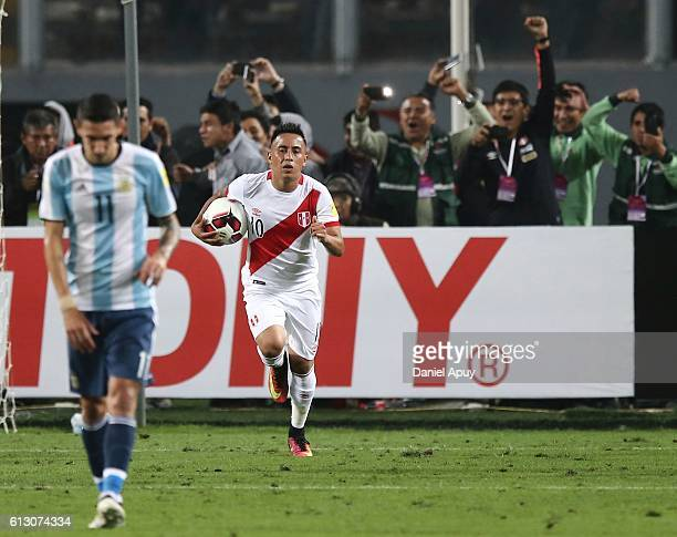 Christian Cueva of Peru celebrates after scoring his team's second goal during a match between Peru and Argentina as part of FIFA 2018 World Cup...