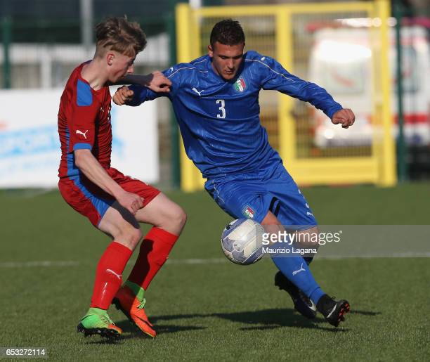 Christian Dimarco of Italy competes for the ball with Jakb Leder of Czech Republic during the U15 International Friendly match Italy and Czech...