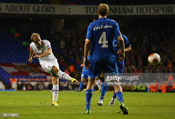 Christian Eriksen of Spurs scores their third goal during the UEFA Europa League Group K match between Tottenham Hotspur FC and Tromso IL at White...