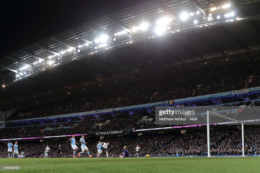 <a gi-track='captionPersonalityLinkClicked' href=/galleries/search?phrase=Christian+Eriksen&family=editorial&specificpeople=6757192 ng-click='$event.stopPropagation()'>Christian Eriksen</a> of Tottenham Hotspur scores a goal to make it 1-2 during the Barclays Premier League match between Manchester City and Tottenham Hotspur at the Etihad Stadium on February 14, 2016 in Manchester, England.