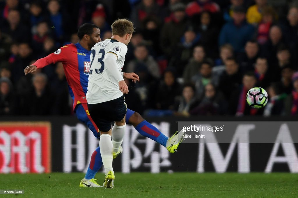Christian Eriksen of Tottenham Hotspur scores his sides first goal during the Premier League match between Crystal Palace and Tottenham Hotspur at Selhurst Park on April 26, 2017 in London, England.