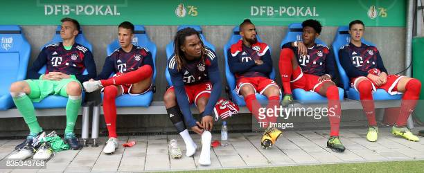 Christian Fluechtl ogf Munich and Fabian Benko of Bayern Muenchen and Renato Sanches of Bayern Muenchen and Arturo Vidal of Bayern Muenchen and David...