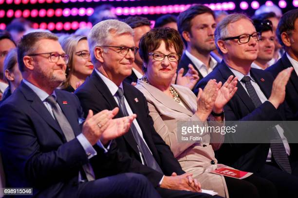 Christian Krug Thomas Bellut German politician Brigitte Zypries and Georg Fahrenschon attend the Deutscher Gruenderpreis on June 20 2017 in Berlin...