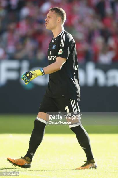 Christian Mathenia of Hamburger SV looks dejected after the first goal of Mainz during the Bundesliga match between 1 FSV Mainz 05 and Hamburger SV...