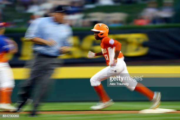Christian Mumphery of the Southwest team from Texas rounds the bases during Game 4 of the 2017 Little League World Series against the Great Lakes...