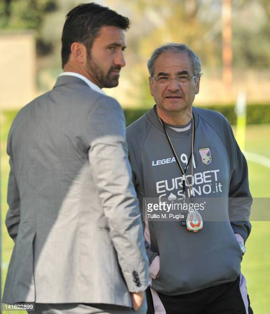 Christian Panucci speaks with Coach Bortolo Mutti of Palermoafter his presentation as a technical director for US Citta di Palermo at Tenente Carmelo...