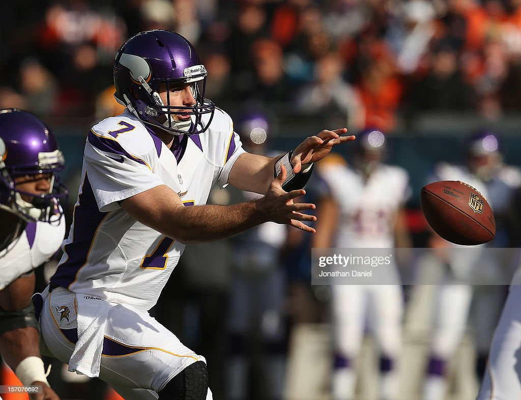 <a gi-track='captionPersonalityLinkClicked' href=/galleries/search?phrase=Christian+Ponder&family=editorial&specificpeople=4505733 ng-click='$event.stopPropagation()'>Christian Ponder</a> #7 of the Minnesota Vikings takes the snap against the Chicago Bears at Soldier Field on November 25, 2012 in Chicago, Illinois. The Bears defeated the Vikings 28-10.