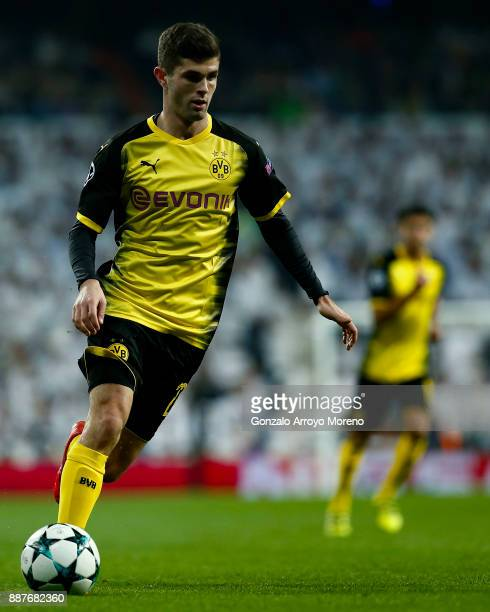 Christian Pulisic of Borussia Dortmund controls the ball during the UEFA Champions League group H match between Real Madrid and Borussia Dortmund at...
