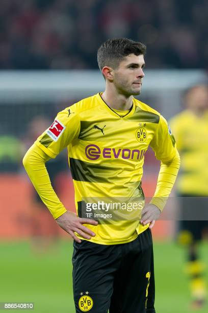 Christian Pulisic of Dortmund looks dejected during the Bundesliga match between Bayer 04 Leverkusen and Borussia Dortmund at BayArena on December 2...