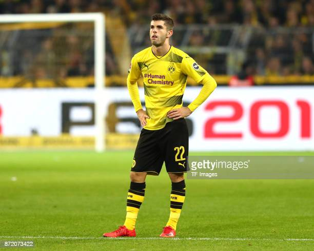 Christian Pulisic of Dortmund looks dejected during the German Bundesliga match between Borussia Dortmund v Bayern Munchen at the Signal Iduna Park...
