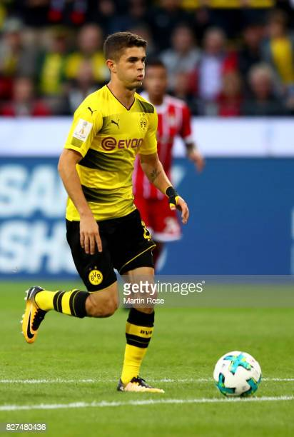 Christian Pulisic of Dortmund runs with the ball during the DFL Supercup 2017 match between Borussia Dortmund and Bayern Muenchen at Signal Iduna...