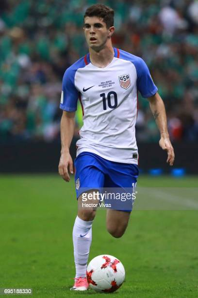 Christian Pulisic of United States drives the ball during the match between Mexico and The United States as part of the FIFA 2018 World Cup...