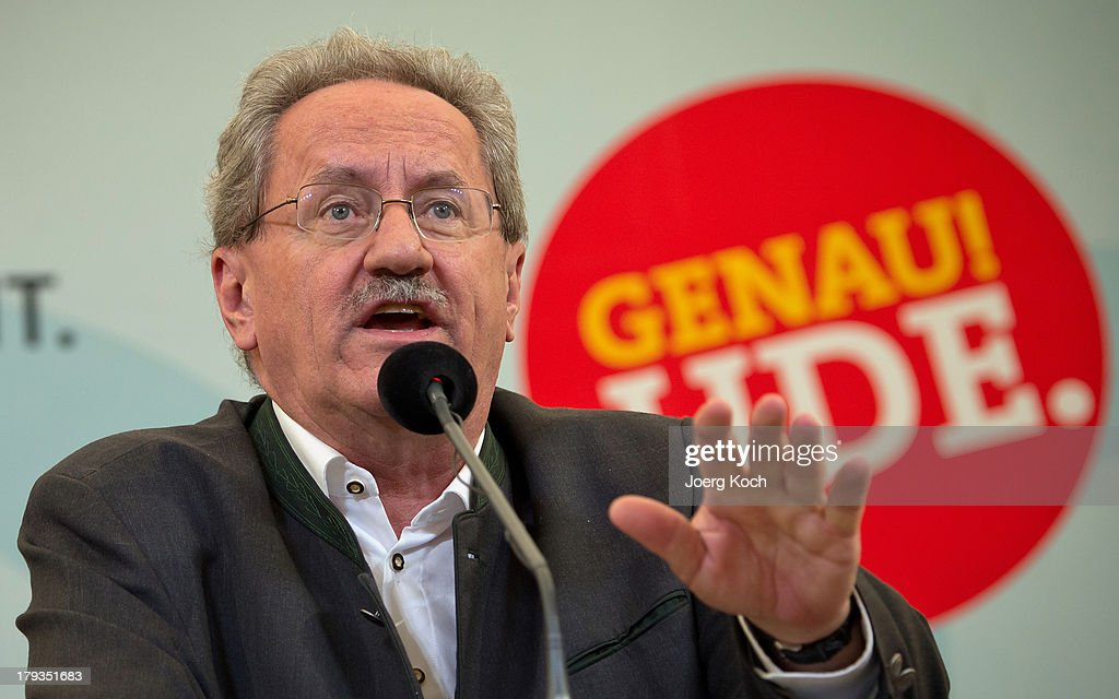 <a gi-track='captionPersonalityLinkClicked' href=/galleries/search?phrase=Christian+Ude&family=editorial&specificpeople=729442 ng-click='$event.stopPropagation()'>Christian Ude</a> (SPD), social democrats candidate for the bavarian election, speaks to supporters at the annual Gillamoos beer tent day of politics on September 2, 2013 in Abensberg, Germany. Bavaria is scheduled to hold state elections on September 15, one week ahead of German federal elections scheduled for September 22.