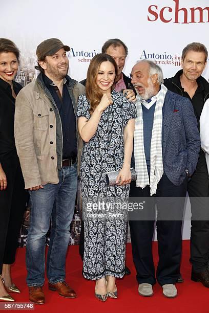 Christian Ulmen Mina Tander and Alessandro Bressanello attend the premiere of the film 'Antonio ihm schmeckt's nicht' on August 9 2016 in Duesseldorf...