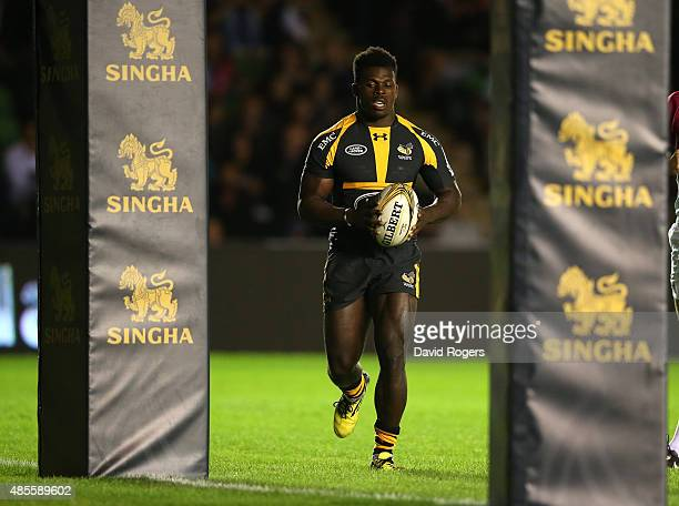 Christian Wade of Wasps breaks clear in the final against Newport Gwent Dragons to score a try during the Singha Premiership Rugby 7's Series finals...
