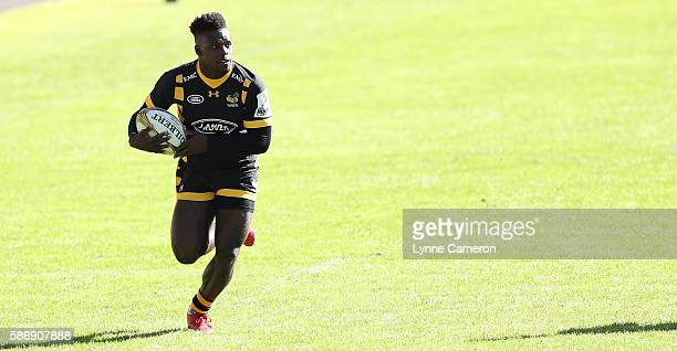 Christian Wade of Wasps during the Semi Finals match between Wasps and Ospreys in the Singha Premiership Rugby 7's Series Final at Ricoh Arena on...