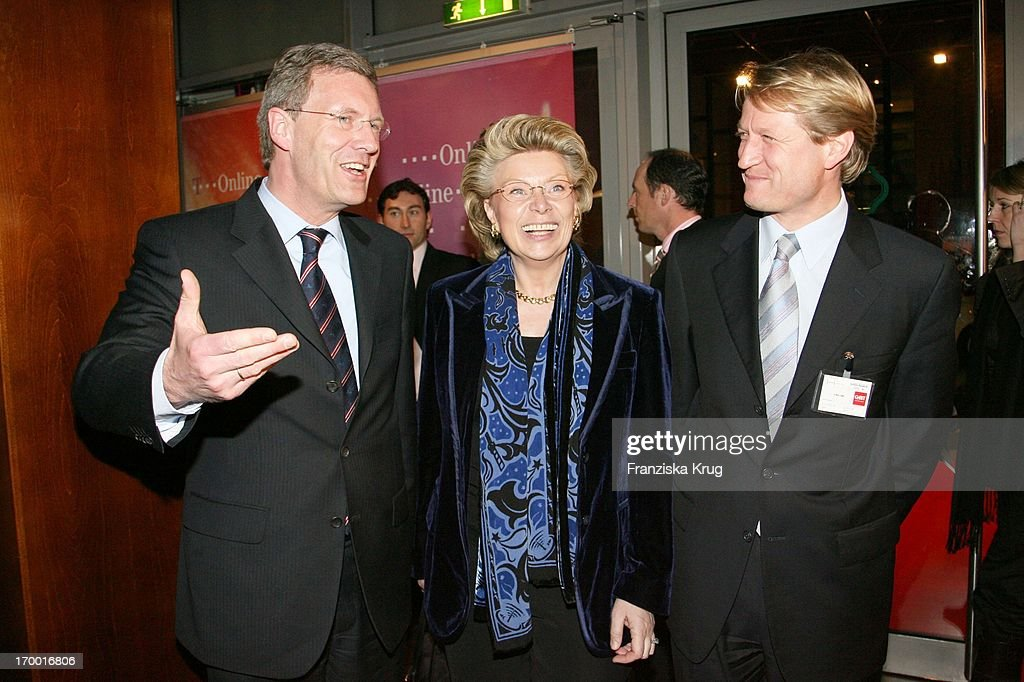 <a gi-track='captionPersonalityLinkClicked' href=/galleries/search?phrase=Christian+Wulff&family=editorial&specificpeople=221618 ng-click='$event.stopPropagation()'>Christian Wulff</a>, Vivian Reding (Commissioner For Information, Media And Society In The European Comission) and Ulrich Wilhelm (Government Spokesman) When T-Online media meeting 'Talk @ Night' on of Cebit in Hannover Am 080306. (Photo by Franziska Krug/G
