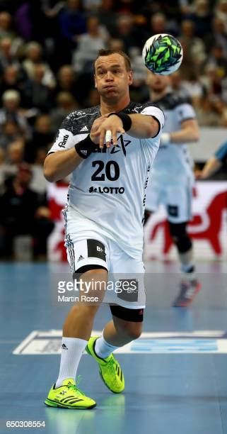 Christian Zeitz of Kiel controlls the ball during the DKB HBL Bundesliga match between THW Kiel and VfL Gummersbach at Sparkassen Arena on March 8...
