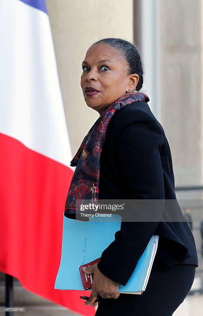 <a gi-track='captionPersonalityLinkClicked' href=/galleries/search?phrase=Christiane+Taubira&family=editorial&specificpeople=3798541 ng-click='$event.stopPropagation()'>Christiane Taubira</a>, Keeper of the Seals, Minister of Justice arrives at the Elysee Presidential Palace for a meeting on November 15, 2015 in Paris, France. French President Francois Hollande meets party leaders today after a series of fatal shootings in Paris on Friday.