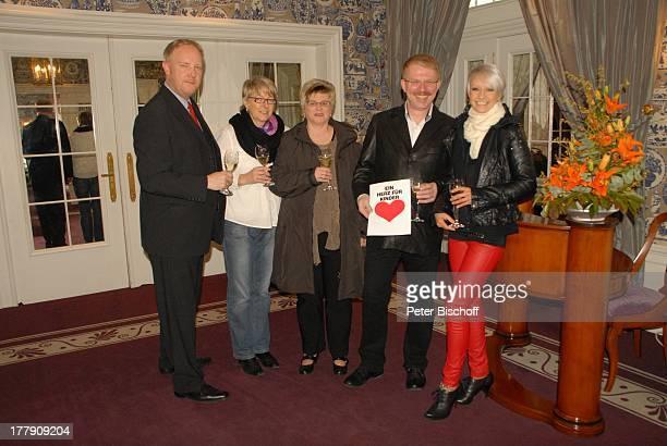 Christin Stark Anke Schierloh Ehemann Helmut Schierloh HansPeter MeyerWatermann Christiane Grobbin GewinnEinlösung '1 Tag mit Christin Stark'...