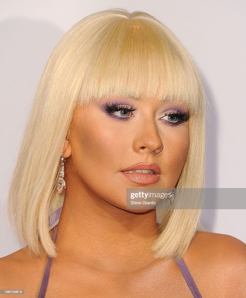 Christina Aguilera arrives at the 40th Anniversary American Music Awards at Nokia Theatre L.A. Live on November 18, 2012 in Los Angeles, California.