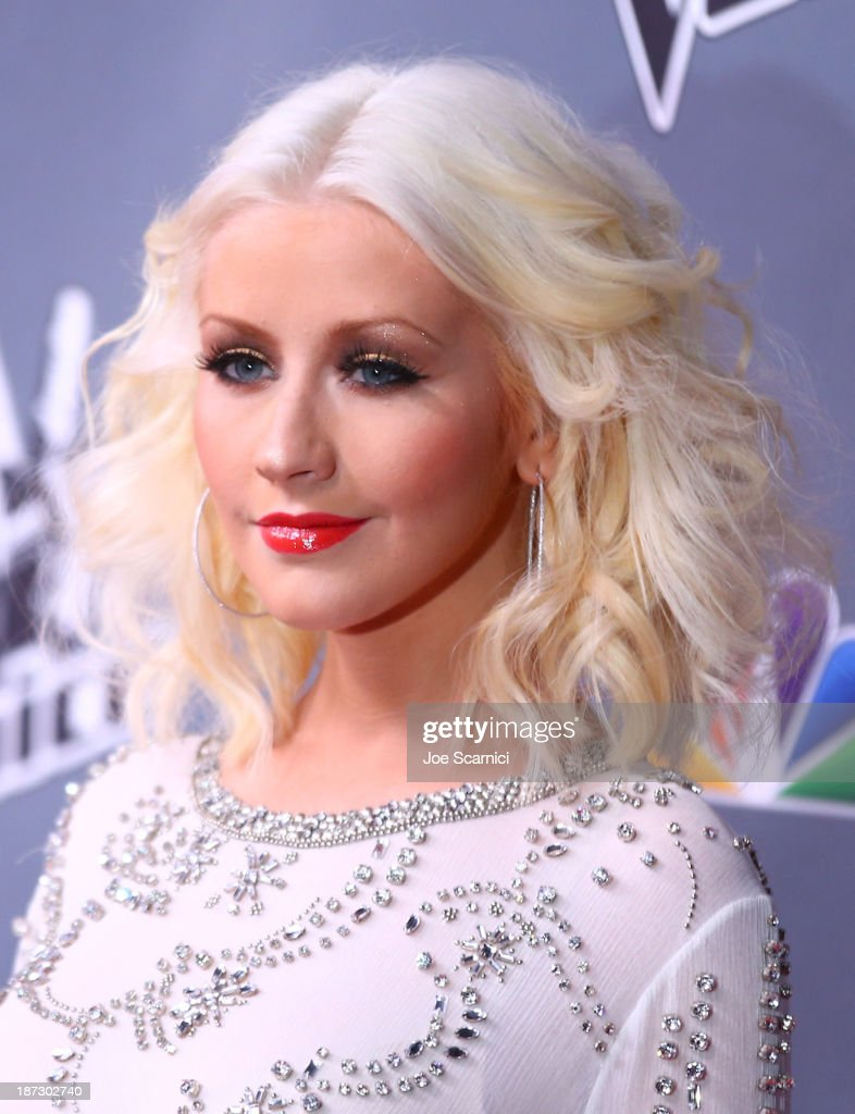 <a gi-track='captionPersonalityLinkClicked' href=/galleries/search?phrase=Christina+Aguilera&family=editorial&specificpeople=171272 ng-click='$event.stopPropagation()'>Christina Aguilera</a> arrives to the 'The Voice' Season 5 Top 12 Event at Universal Studios Hollywood on November 7, 2013 in Universal City, California.