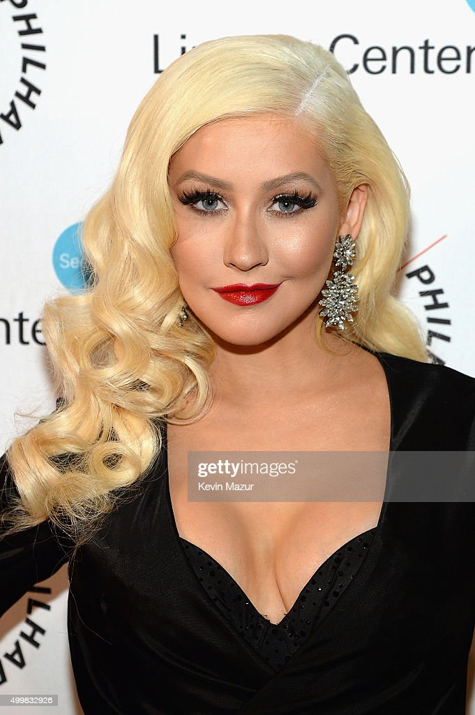 <a gi-track='captionPersonalityLinkClicked' href=/galleries/search?phrase=Christina+Aguilera&family=editorial&specificpeople=171272 ng-click='$event.stopPropagation()'>Christina Aguilera</a> attends the Sinatra Gala with New York Philharmonic at Lincoln Center's David Geffen Hall on December 3, 2015 in New York City.