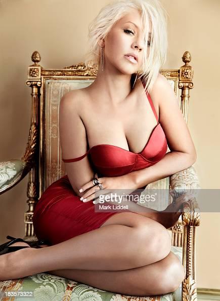 Christina Aguilera, Maxim, October