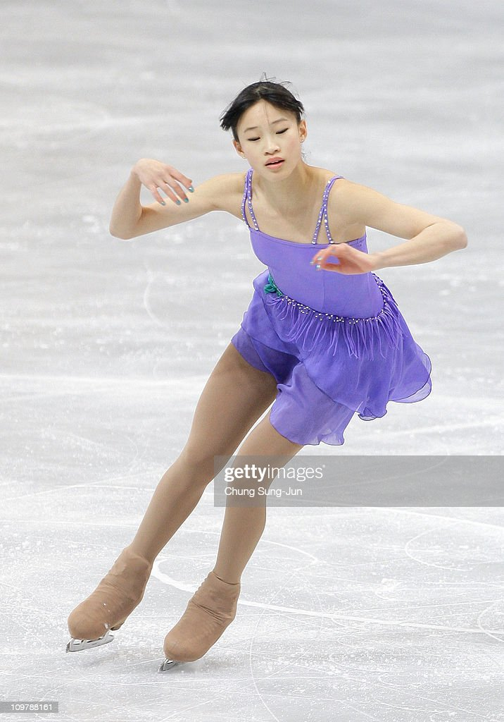 <a gi-track='captionPersonalityLinkClicked' href=/galleries/search?phrase=Christina+Gao&family=editorial&specificpeople=6719493 ng-click='$event.stopPropagation()'>Christina Gao</a> of United States competes in the Ladies Free on day six of the 2011 World Junior Figure Skating Championships at Gangneung International Ice Rink on March 5, 2011 in Gangneung, South Korea.