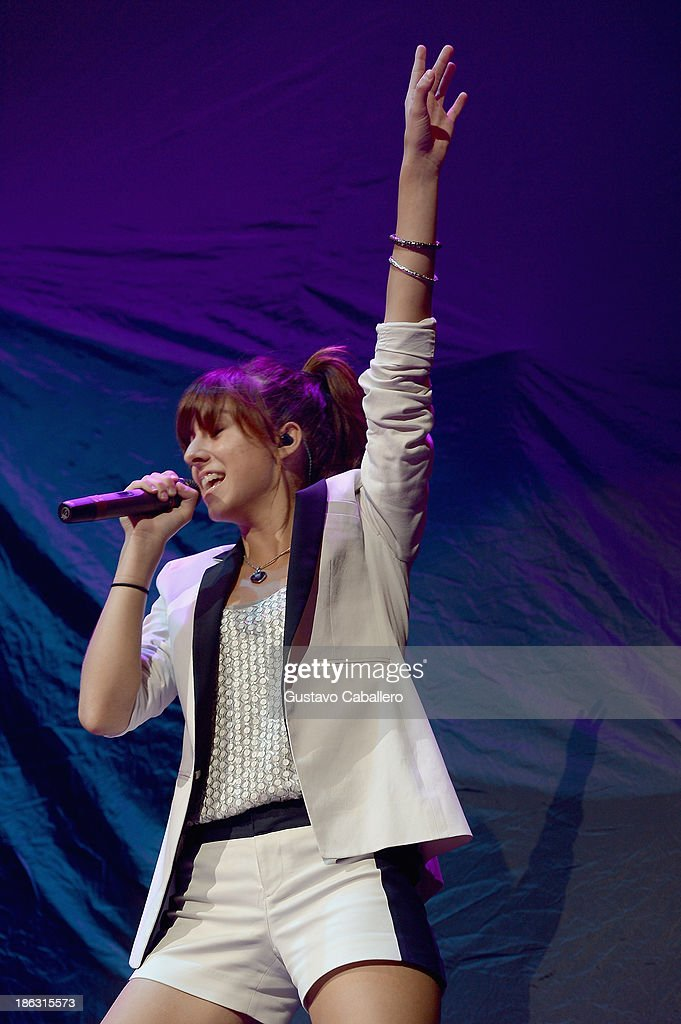 Christina Grimmie performs at BB&T Center on October 29, 2013 in Sunrise, Florida.