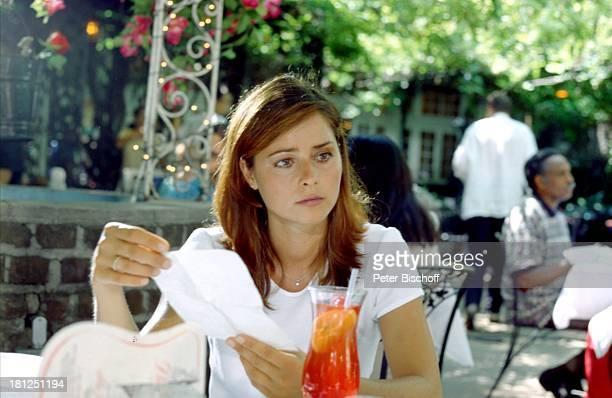Christina Plate ZDFSerie 'Florida Lady' Natchez/Mississippi/USA/Nordamerika Südstaaten Drink LongDrink MixGetränk Schauspielerin Promis Prominente...