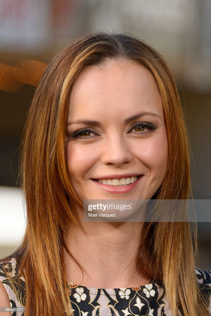 <a gi-track='captionPersonalityLinkClicked' href=/galleries/search?phrase=Christina+Ricci&family=editorial&specificpeople=239510 ng-click='$event.stopPropagation()'>Christina Ricci</a> visits Extra at The Grove on February 1, 2013 in Los Angeles, California.
