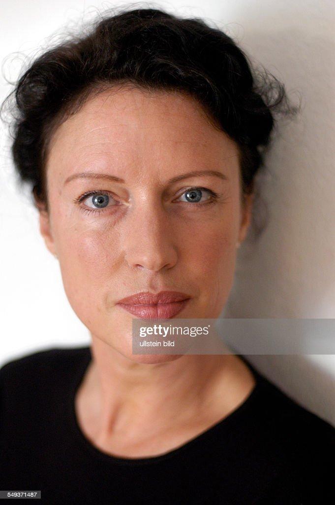 <b>Christine Becker</b>, Witwe des 1997 verstorbenen Schriftstellers Jurek Becker - christine-becker-witwe-des-1997-verstorbenen-schriftstellers-jurek-picture-id549371487