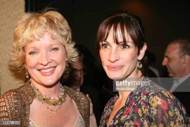 Christine Ebersole winner of 2006 distinguished performance and Julia Roberts