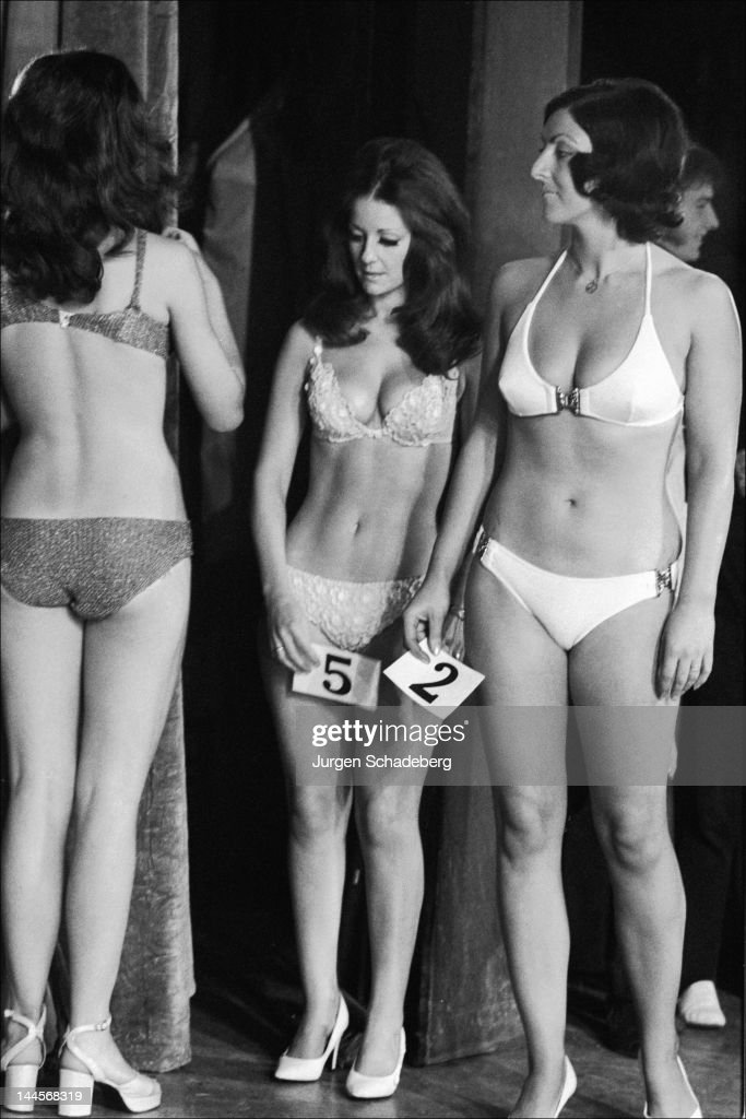 Christine Mason (number 5) wins the Miss Universe Bikini contest at Victoria Palace in London, 1972. She is the wife of bodybuilder Paul Grant.