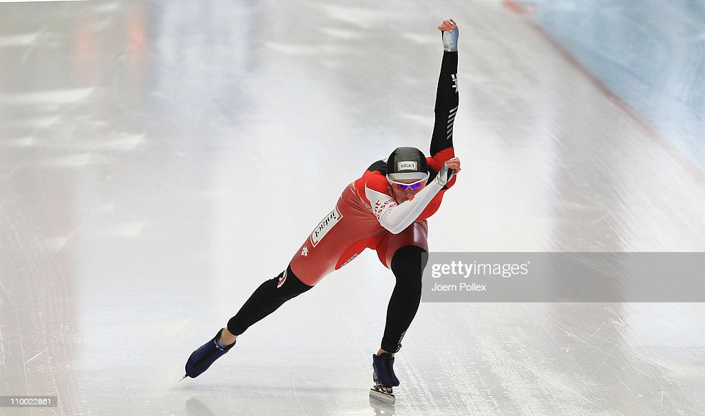 <a gi-track='captionPersonalityLinkClicked' href=/galleries/search?phrase=Christine+Nesbitt&family=editorial&specificpeople=767742 ng-click='$event.stopPropagation()'>Christine Nesbitt</a> of Canada competes in the 1000m heats during Day 3 of the Essent ISU Speed Skating World Cup at the Max Aicher Arena on March 12, 2011 in Inzell, Germany.