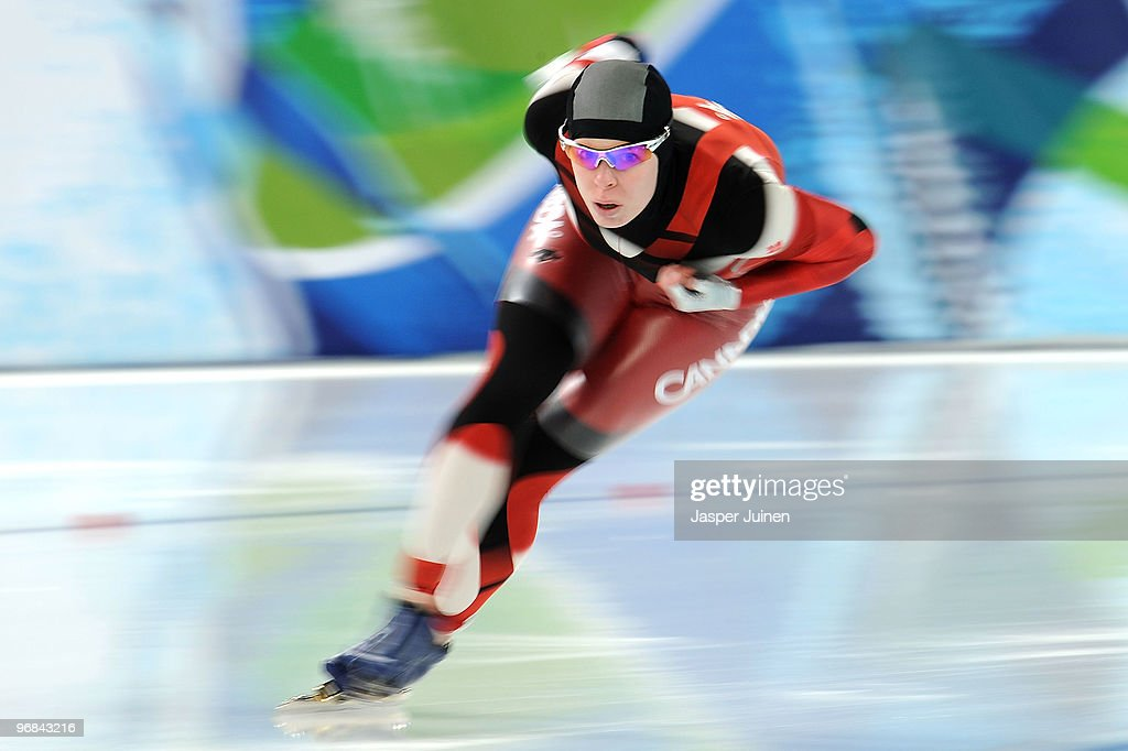 <a gi-track='captionPersonalityLinkClicked' href=/galleries/search?phrase=Christine+Nesbitt&family=editorial&specificpeople=767742 ng-click='$event.stopPropagation()'>Christine Nesbitt</a> of Canada competes in the women's speed skating 1000 m final on day 7 of the Vancouver 2010 Winter Olympics at Richmond Olympic Oval on February 18, 2010 in Vancouver, Canada. Nesbitt won the gold medal in the event.