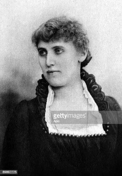 Christine Nilsson swedish soprano singer photographied between 1875 and 1890 extracted from the collection Felix Potin 500 contemporary celebrities...