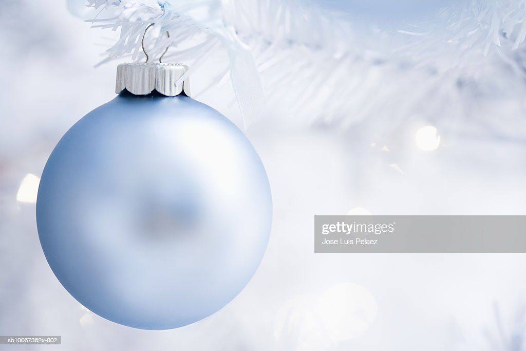 Christmas bauble, close-up : Stock Photo
