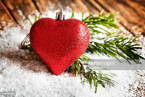 christmas bauble Herz Form Schnee