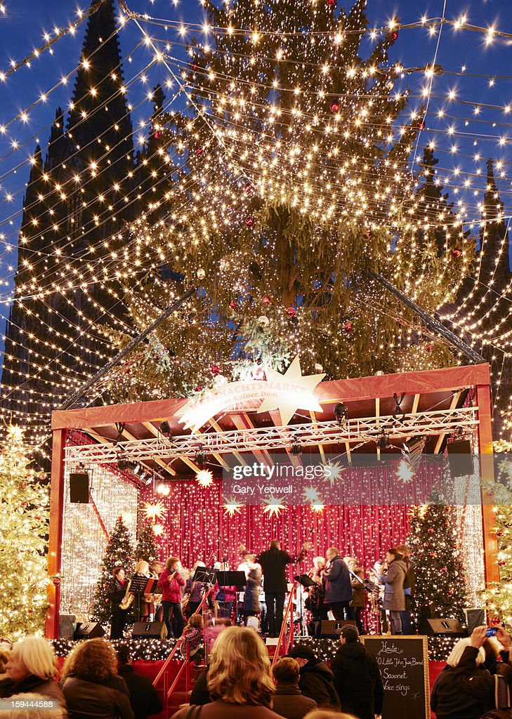 Christmas carol singing event in Cologne