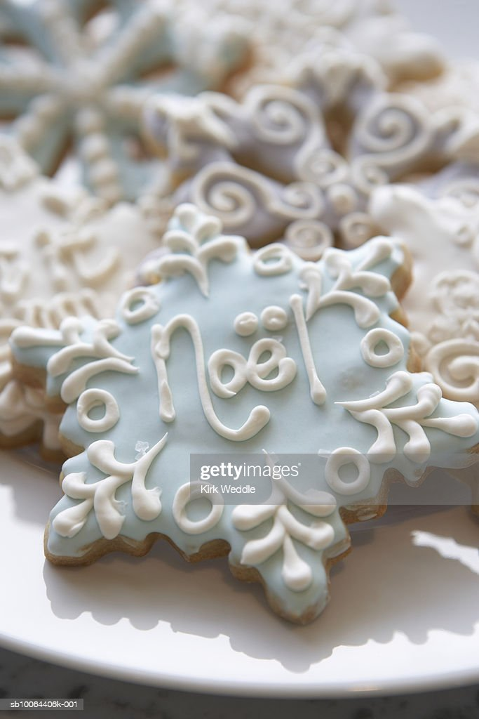 Christmas cookies in shape of snow flake, close-up : Stock Photo